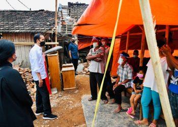 Presiden Pastikan Pemerintah Bantu Rekonstruksi Rumah Warga yang Rusak Akibat Gempa Bumi